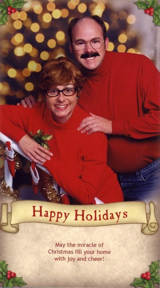 6 Of The Worst Christmas Cards You Could Ever Receive | TheDailyBuzz