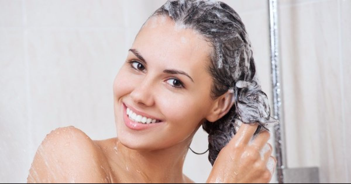 Here's Why Ladies Like To Put Off Washing Their Hair As Long As Possible