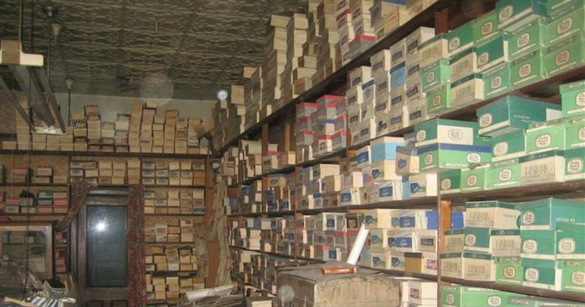 This Shoe Store Has Been Closed For 40 Years. When They Opened The Boxes, This Is What They Found