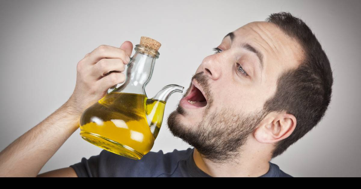 Reasons Why You Should Be Drinking Olive Oil Every Single Day