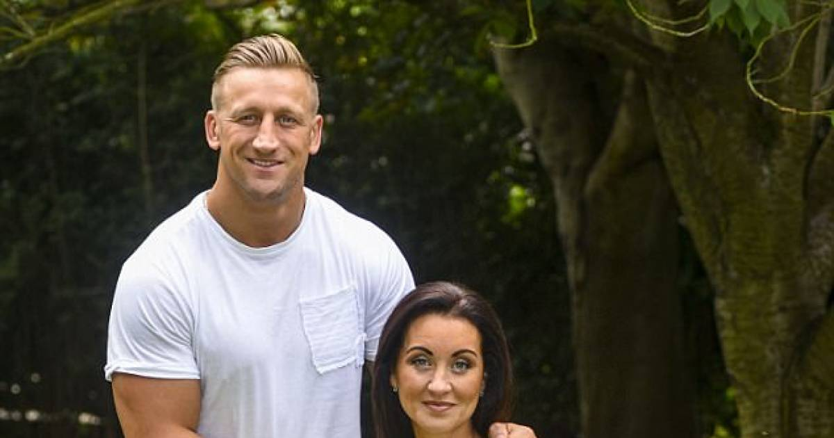 Woman Abandoned By Husband After Being Paralysed By Stroke Finds New Love With Personal Trainer