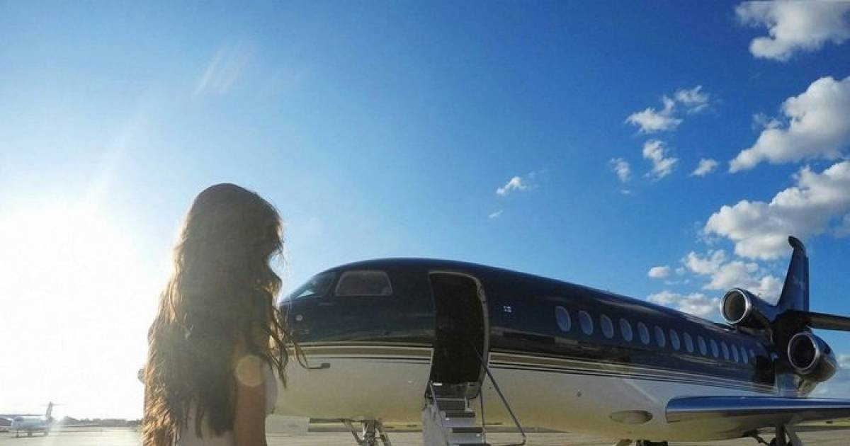 Can't Buy A Private Jet? This Company Rents Them Out For Instagram Photo-Shoots. Dream Come True!