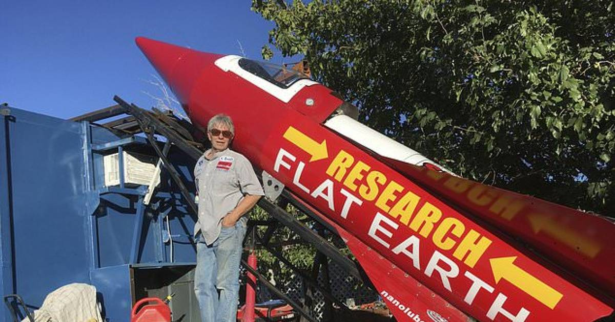 Scientist Prepares Homemade Steam-Powered Rocket To Prove Earth Is Flat
