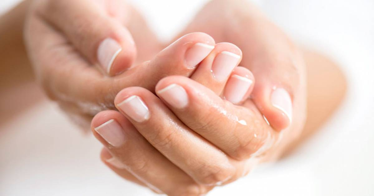 Great Natural Remedies For Sweaty Palms