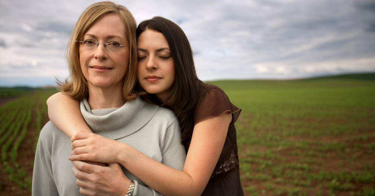 12 Things Mothers Need To Teach Their Daughters Before They Reach Their Teenage Years