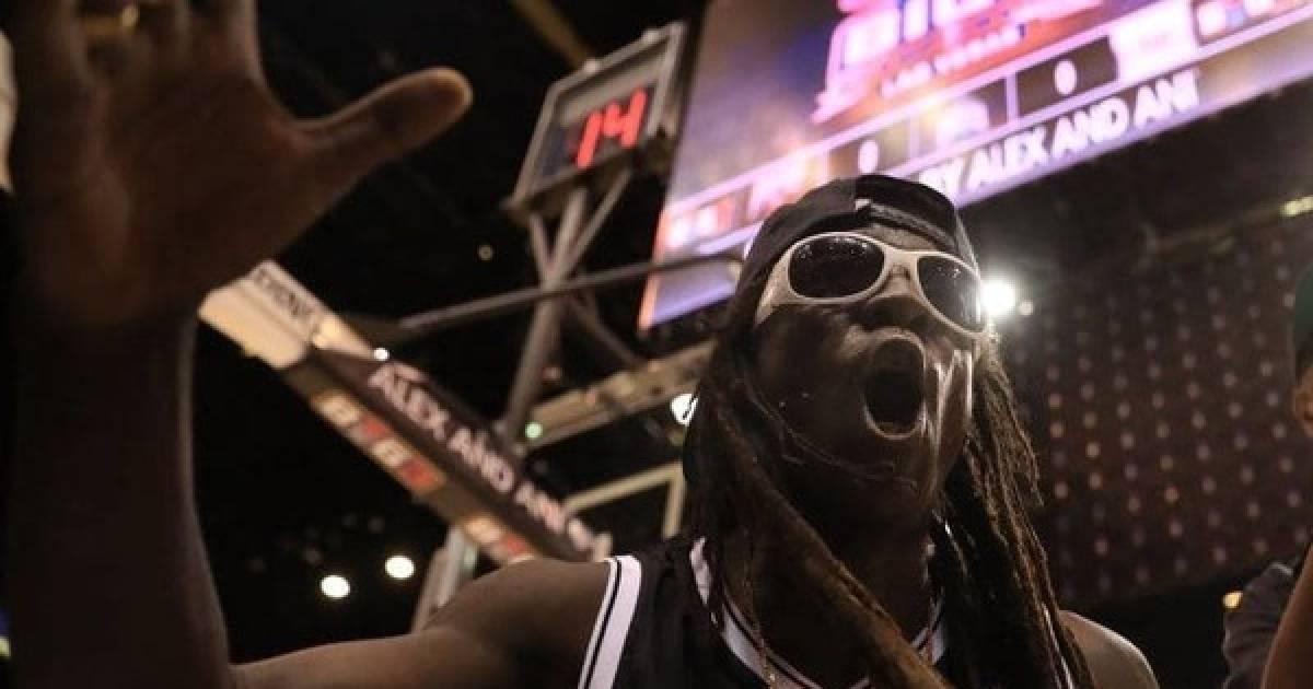 Flava Flav Catches A Beat Down In A Las Vegas Casino