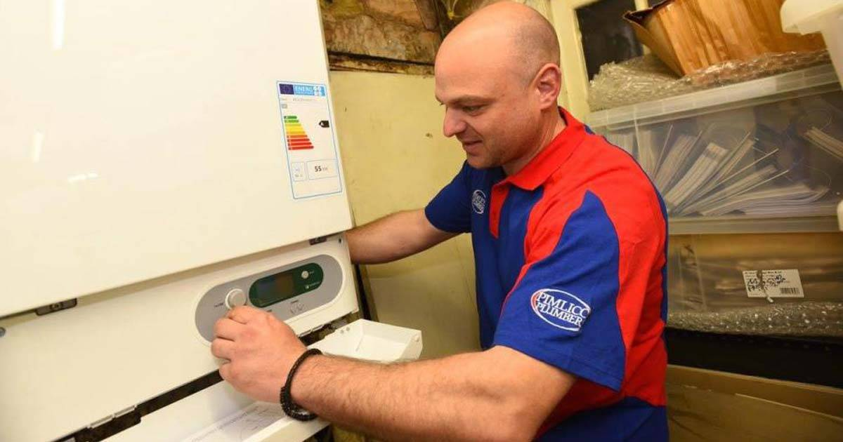A Plumber Who Earns More Than The Prime Minister Has Revealed How Walking Into A Local Job Center Changed His Life In The Most Incredible Way.