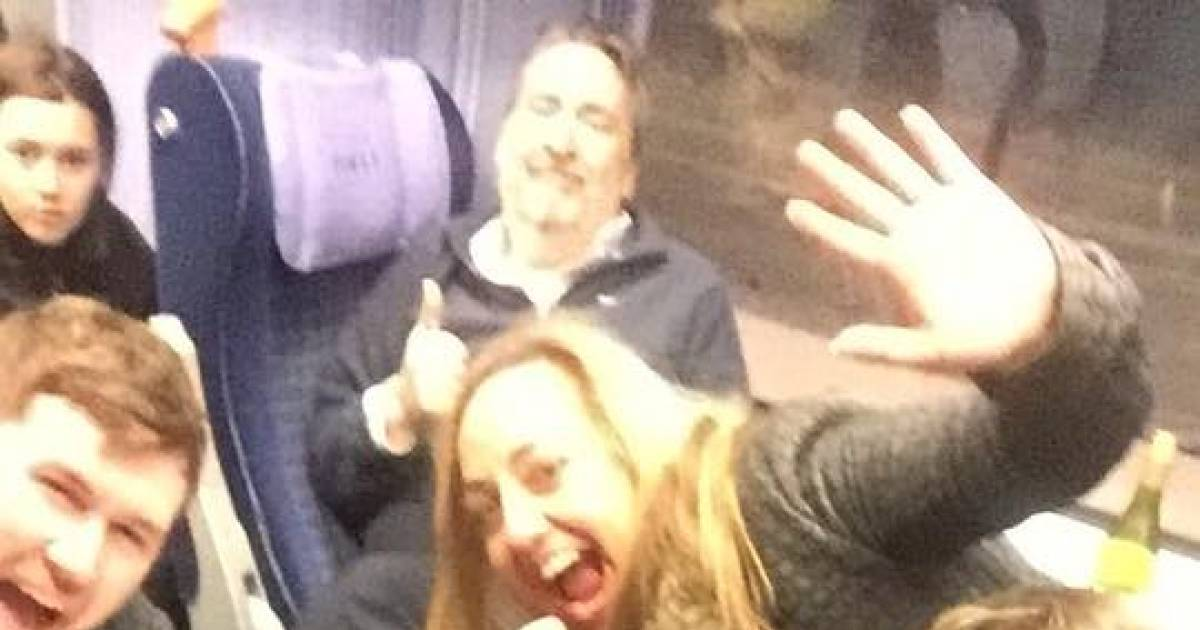 Passengers Stuck On A Train For 19 Hours Had A Party