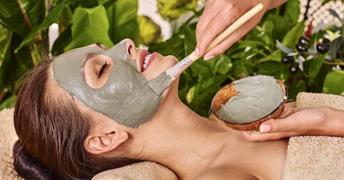 10 Amazing Homemade Natural Face Masks For Healthy Skin