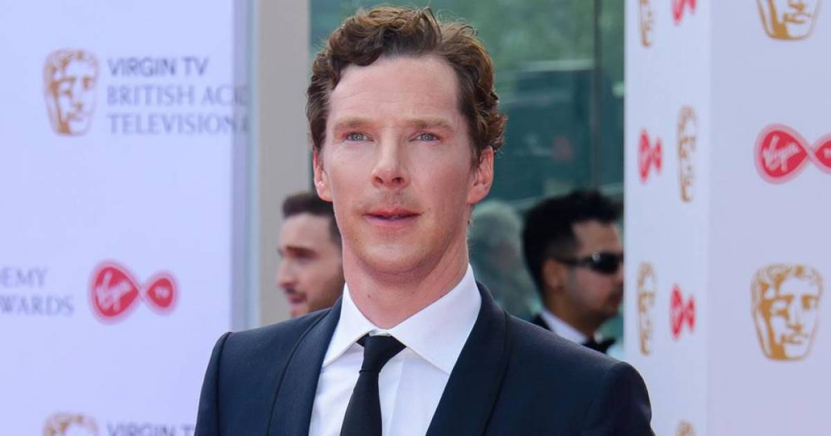 Benedict Cumberbatch Refuses To Sign Any New Role Unless Female Counterparts Are Offered Equal Pay