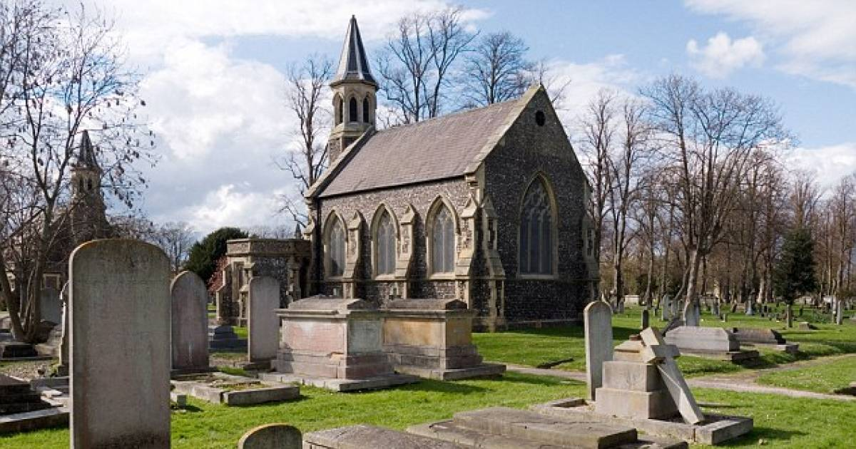 English Man, 24, Fined $125 For Pretending To Be A Ghost In Portsmouth Cemetery.