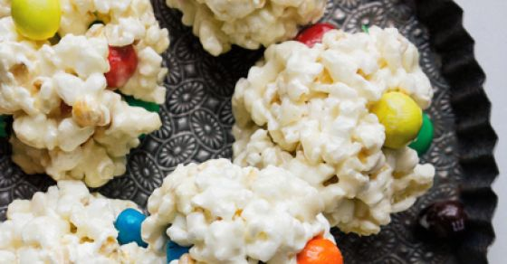 5 Decadent Candy-Studded Desserts That Are Totally Delicious!