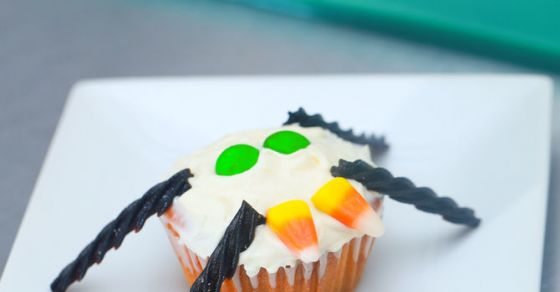 These Spider Cupcakes Are Terrifyingly Delicious!