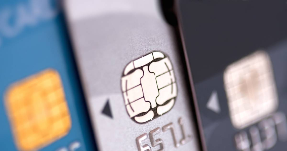 This Is Why You Should Never Swipe Your Chip Credit Or Debit Card