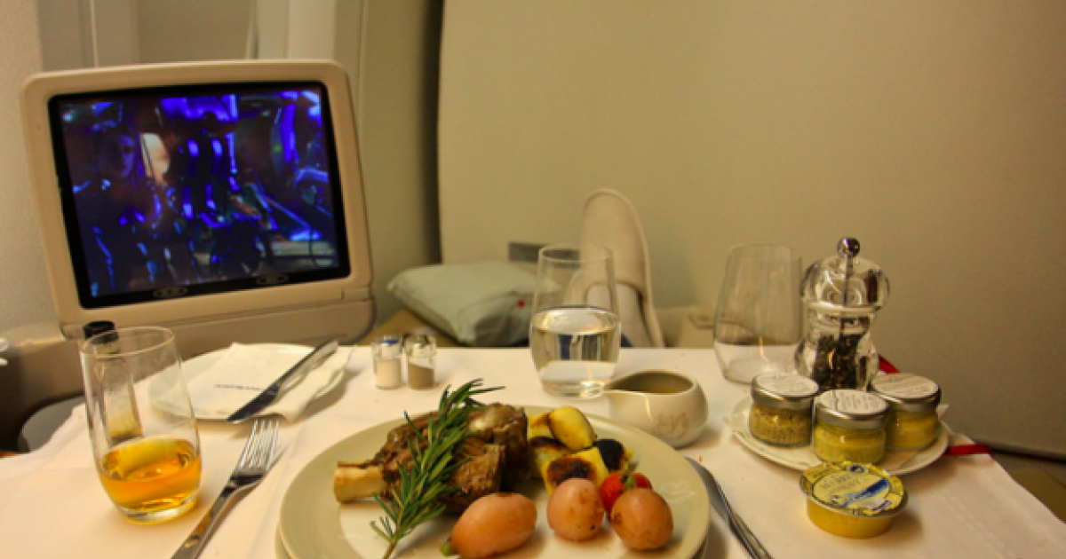 21 Airline Meals That Will Make Your Food Look Like Garbage