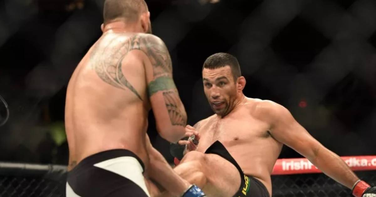 Fabricio Werdum Lands Wild Head Kick In UFC 203 Victory