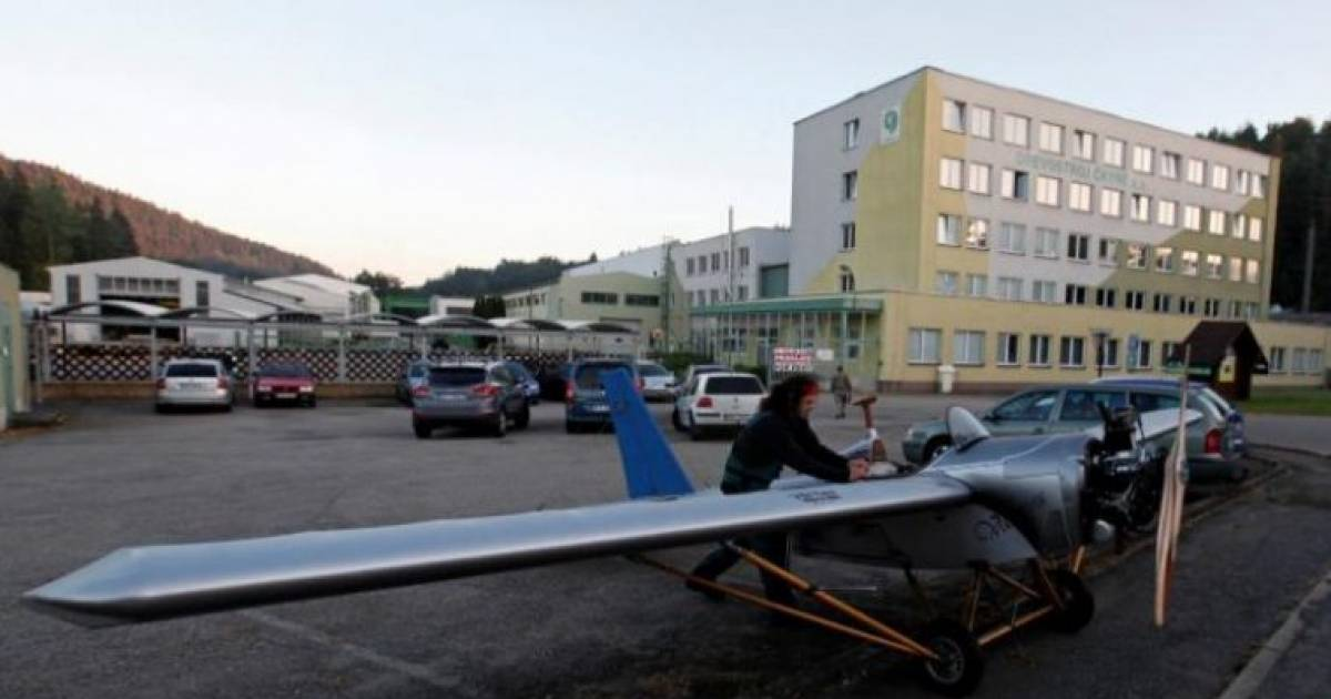 Fed Up Of The Traffic, This Guy Built An Airplane To Fly To His Office