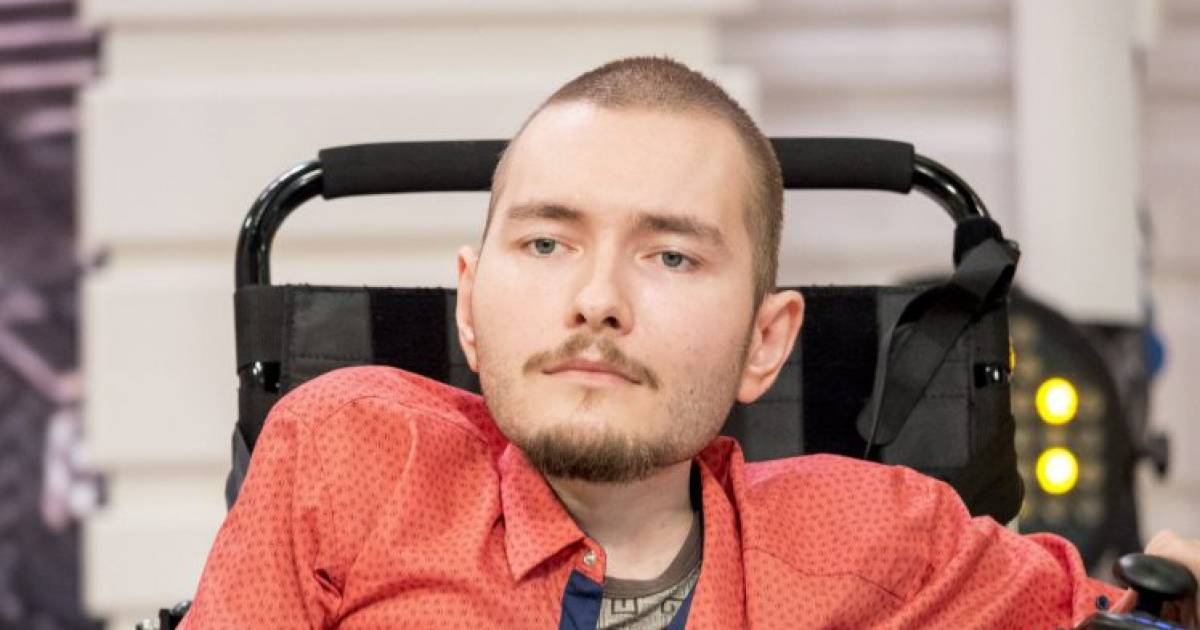 Man To Undergo World's First Head Transplant As Early As Next Year
