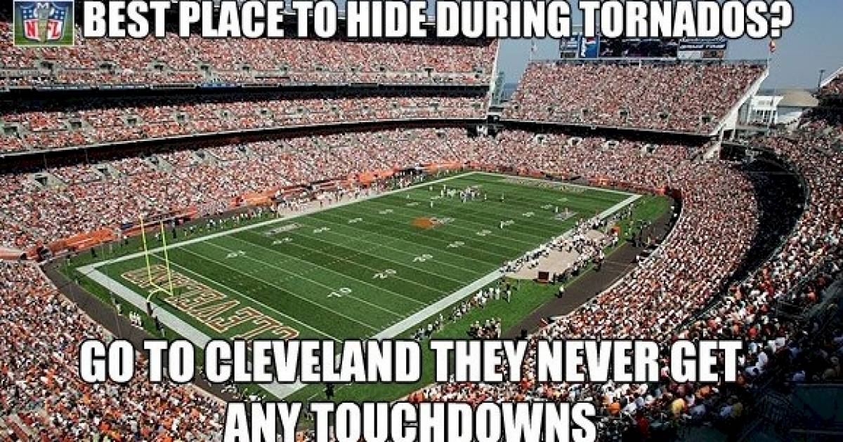 11 Annoying Things About Watching NFL Football