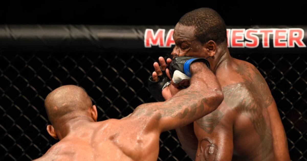 Jimi Munwa Brutally Knockouts Ovince Saint Preux At UFC 204