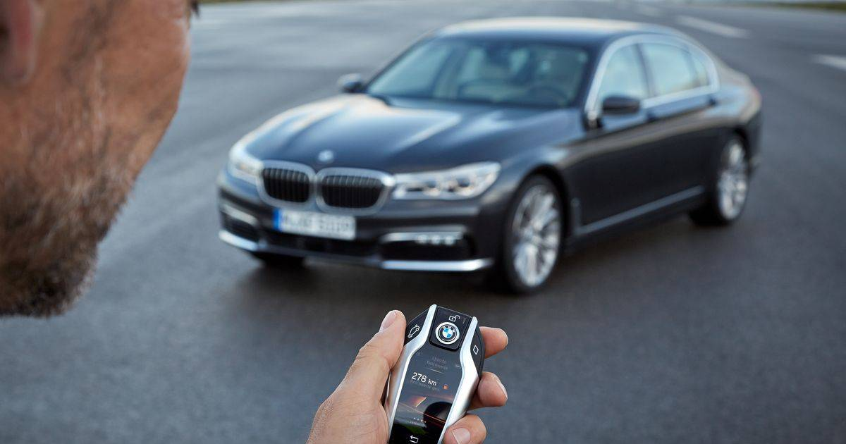 BMW Remotely Locks Sleeping Thief in Stolen Car