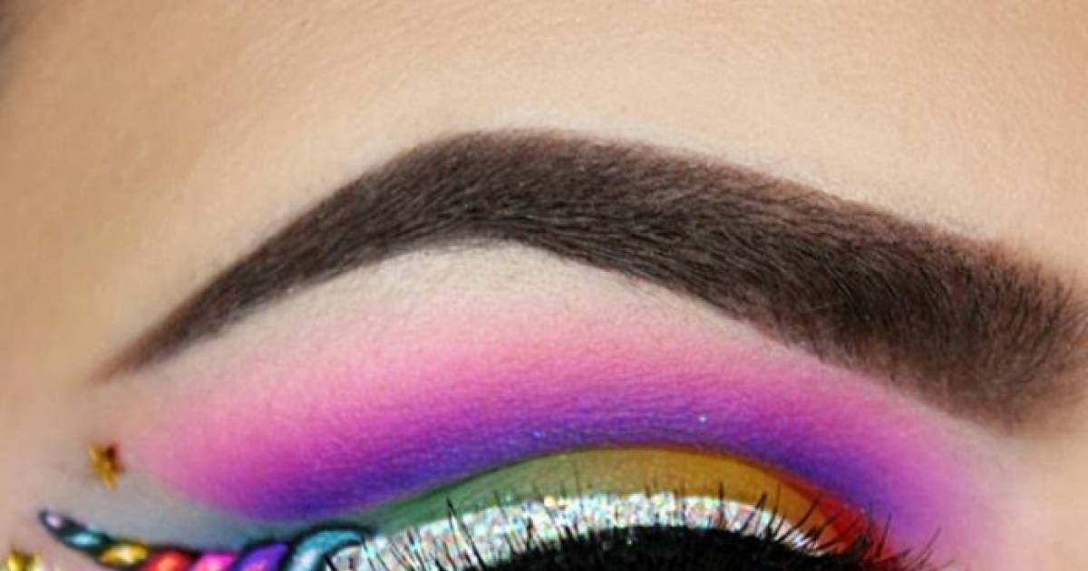 Out Of All Of The Crazy Beauty Trends Out There, This Unicorn Eyeliner Look Is Something From A Fairy Tale.