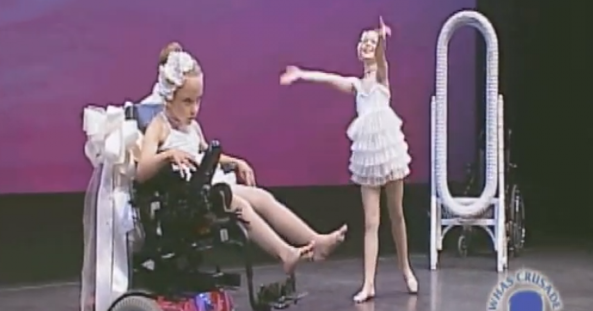 Sisters Take The Stage And Leave The Whole World In Awe With Their Dancing