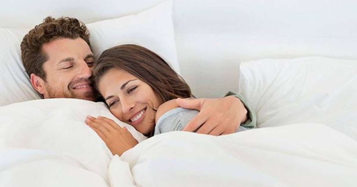Scientists Say Cuddling Can Actually Help People Who Suffer From Depression And Anxiety, Here's Why