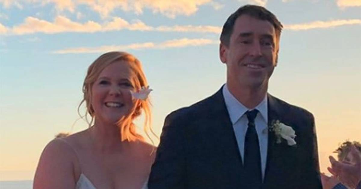 Amy Schumer Marries Chef Chris Frischer In A Low-Key Wedding
