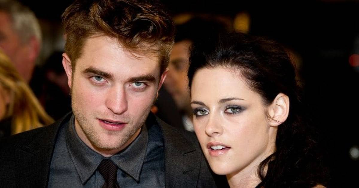 "Robert Pattinson Finds Real Love ""Complicated"" After Reuniting With Ex-Girlfriend Kristen Stewart"