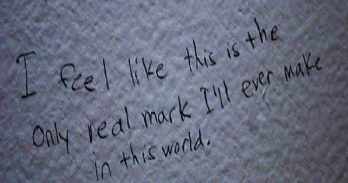 10 Crazy And Bizarre Notes Found Written On Washroom Walls