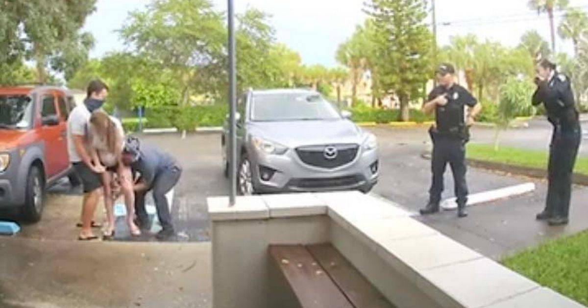Surprising Moment When A Woman Gives Birth To A Baby Girl In The Middle Of The Car Parking