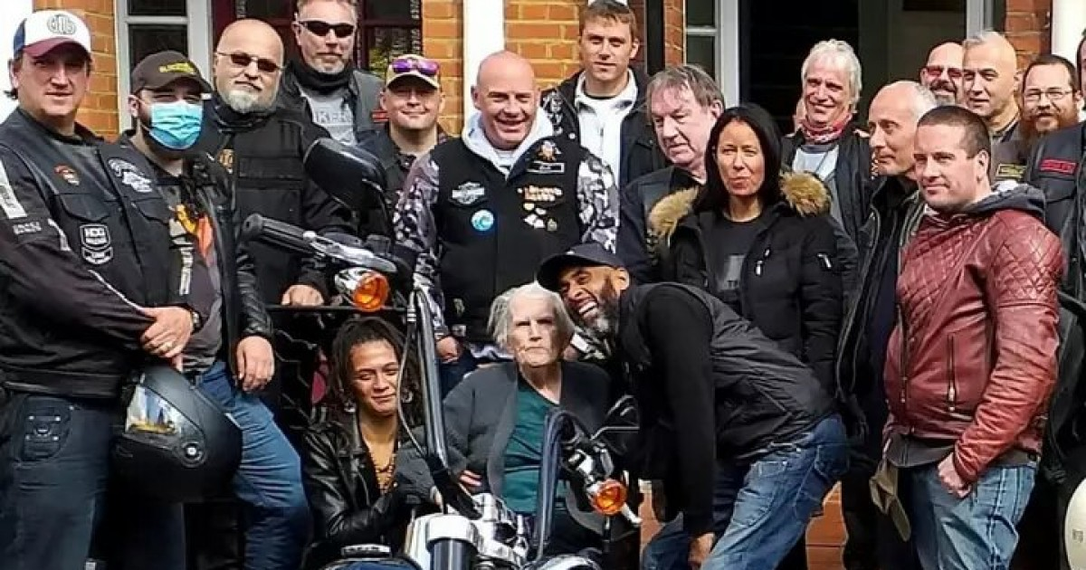 Terminally Ill Woman Gets Her Dying Wish To Ride Harley Davidson Bike Fulfiled With Help From A Biker Group