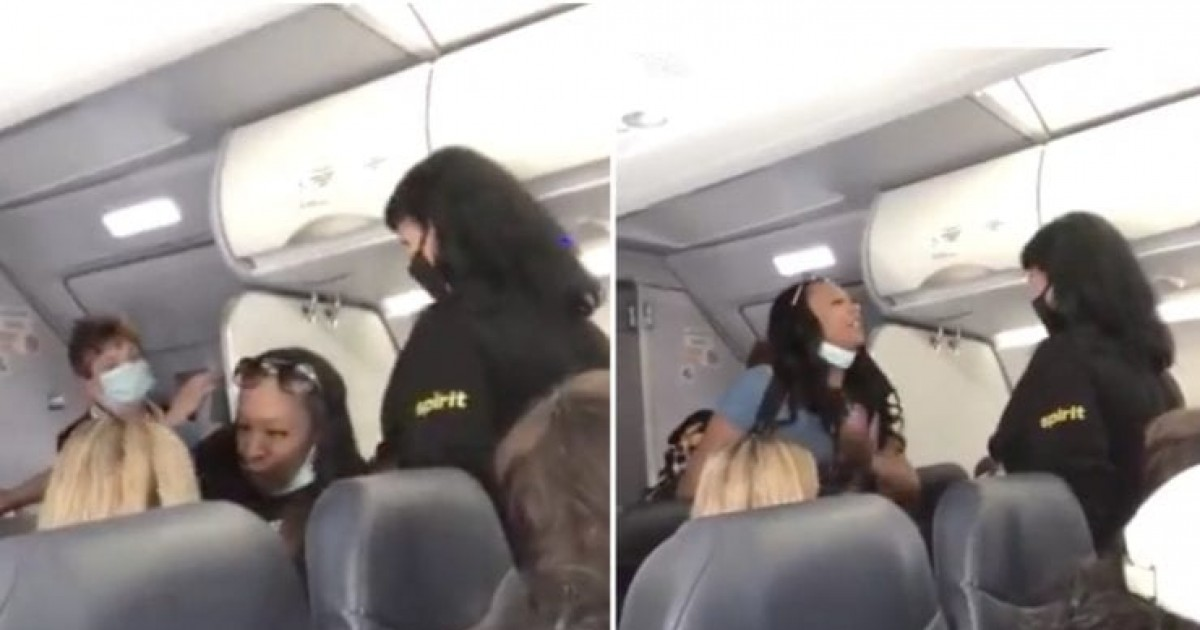 Black Woman Refuses To Let Pass A White Flight Attendant, And Yells At Her: 'Wake Up, It's 2020!... You Don't Have White Privilege Over Me'