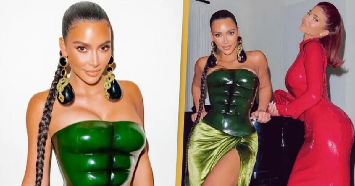 Fans Are Comparing Kim Kardashian's Green Christmas Outfit To The Hulk And We Can Not Unsee This