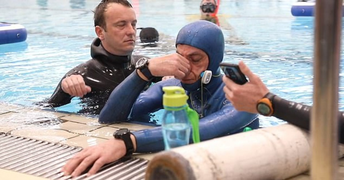 Croatian Diver Sets New World Record For Holding His Breath For Nearly 25 Minutes Under Water