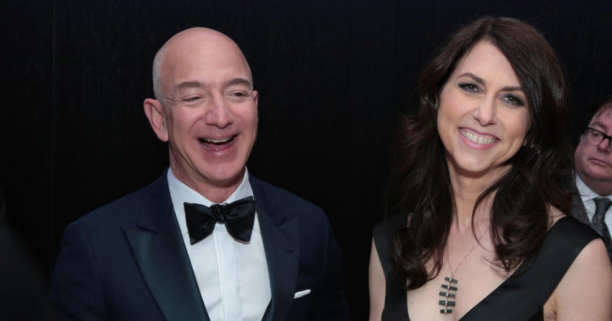 Jeff Bezos' Ex-Wife Called A Woman To Give Her $8m With No Strings Attached