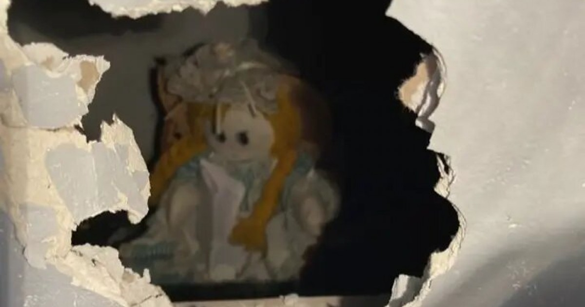 Man Discovers Doll With Creepy Note Inside New Home's Wall